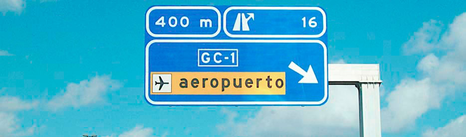 You can arrive from  Las Palmas City to Gran Canaria Airport or viceversa by public transport or by car. The Global Airport Bus Service is around 2 € with a frequency of 30 Minutes